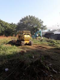 รับไถปรับแต่งที่ดินให้สวย รับรื้อต้นไม้ป่ารกลาง รับขนขยะวัชพืชในที่ดินทิ้ง รับปรับที่ รับถมดิน รับขุดสระ 0847205412