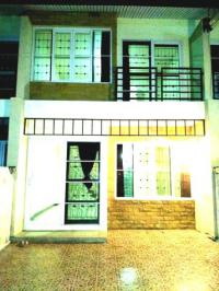 Sinsook - Modern Townhouse for Rent located on Changwattana 17 Road across Ce...