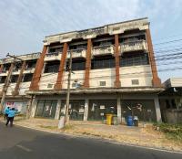 https://www.ohoproperty.com/134852/ธนาคารกรุงไทย/ขายอาคารพาณิชย์/เหนือเมือง/เมืองร้อยเอ็ด/ร้อยเอ็ด/