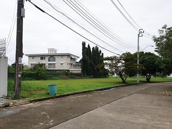 หมู่บ้านกฤษดานคร 20 ซอยนพรัตน์ 24 ถนนบรมราชชนนี บางระมาด ตลิ่งชัน กรุงเทพมหานคร