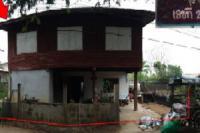 บ้านครึ่งตึกครึ่งไม้หลุดจำนอง ธ.ธนาคารไทยพาณิชย์ บุ่งคล้า เมืองชัยภูมิ ชัยภูมิ