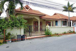 บ้านเดี่ยว รวิพร วิลเลจ 1 39/112 ม.10 หนองปรือ บางละมุง ชลบุรี