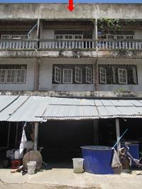 ตึกแถวหลุดจำนอง ธ.ธนาคารกรุงศรีอยุธยา มาบแค เมืองนครปฐม จังหวัดนครปฐม