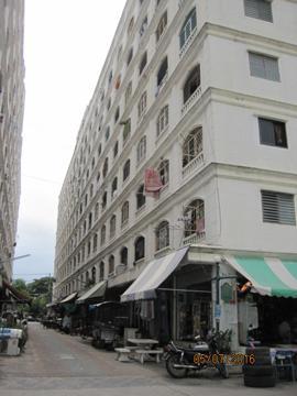 อาคารชุดนิรันดร์เรซิเดนซ์ 3  ห้องชุดเลขที่ 73/86 ชั้นที่ 3 อาคารเลขที่ เอ็ม ถนนบางนา-ตราด ซอยรามคำแหง 2 ดอกไม้ เขตประเวศ กรุงเทพมหานคร