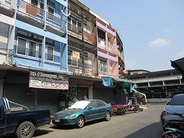 บ้านเลขที่ 082 (ใกล้ถนนเจริญผลพัฒนา) บางปรอก(บางโพเหนือฝั่งใต้) เมืองปทุมธานี(เชียงราก) จังหวัดปทุมธานี