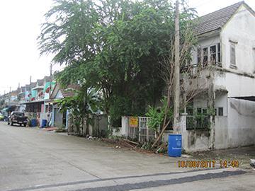 หมู่บ้านเบญจพฤกษ์ เลขที่ 24/196  ถนนรังสิต-นครนายก ซอยถนนเลียบคลองห้าตะวันตก คลองห้า(คลอง 5 ตก) คลองหลวง จังหวัดปทุมธานี