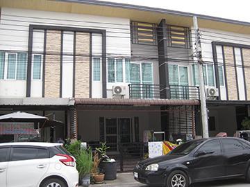 หมู่บ้านกัสโต้ ทาวน์โฮม เทพารักษ์ บ้านเลขที่ 99/32 ถนนเทพารักษ์ ซอยที่ดินไทย บางพลีใหญ๋ บางพลี จังหวัดสมุทรปราการ