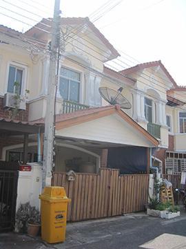 หมู่บ้านเดอะคอนเนคกิ่งแก้ว-สุวรรณภูมิ บ้านเลขที่ 60/188 ถนนกิ่งแก้ว-ลาดกระบัง ซอยกิ่งแก้ว 43 ราชาเทวะ บางพลี จังหวัดสมุทรปราการ