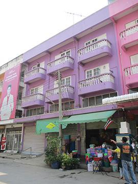 บ้านเลขที่ 184/39-41 ถนนลำไทร ซอยเข้าตลาดสดคลอง 12 ลำไทร ลำลูกกา จังหวัดปทุมธานี