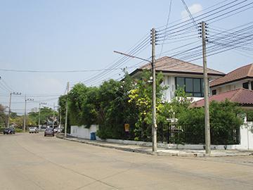หมู่บ้านสัมมากร คลอง7(ซ.1/19) บ้านเลขที่ 130/330 ถนนรังสิต-นครนายก ลำผักกูด ธัญบุรี จังหวัดปทุมธานี