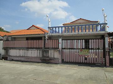 บ้านเลขที่ 151/42 หนองปรือ บางละมุง จังหวัดชลบุรี