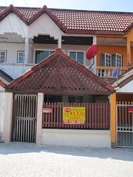 บ้านเลขที่ 16/13 ถนนแสงชูโต(ทล.323) หลักกม.ที่ 17 ท่าผา บ้านโป่ง จังหวัดราชบุรี