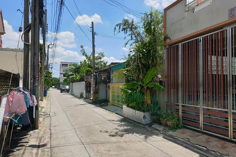 3/3 ซอยเพชรเกษม 79 แยก 9 ถนนเพชรเกษม หนองค้างพลู หนองแขม กรุงเทพมหานคร