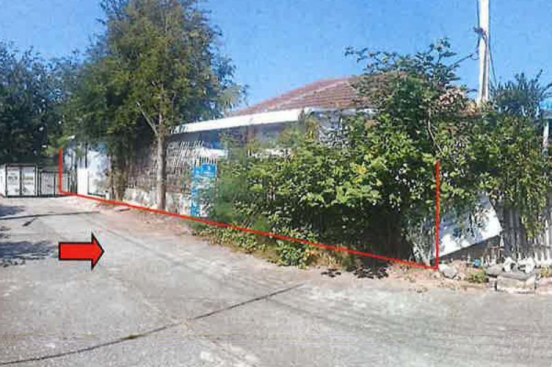 99/117 หมู่บ้านลำพูนแลนด์แอนด์เฮ้าส์ ถนนลำพูน-ลี้ ต้นธง เมืองลำพูน ลำพูน