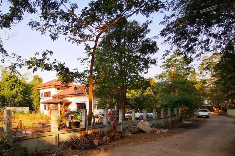 241 หมู่ 1 ถนนชยางกูร ขามใหญ่ เมืองอุบลราชธานี อุบลราชธานี