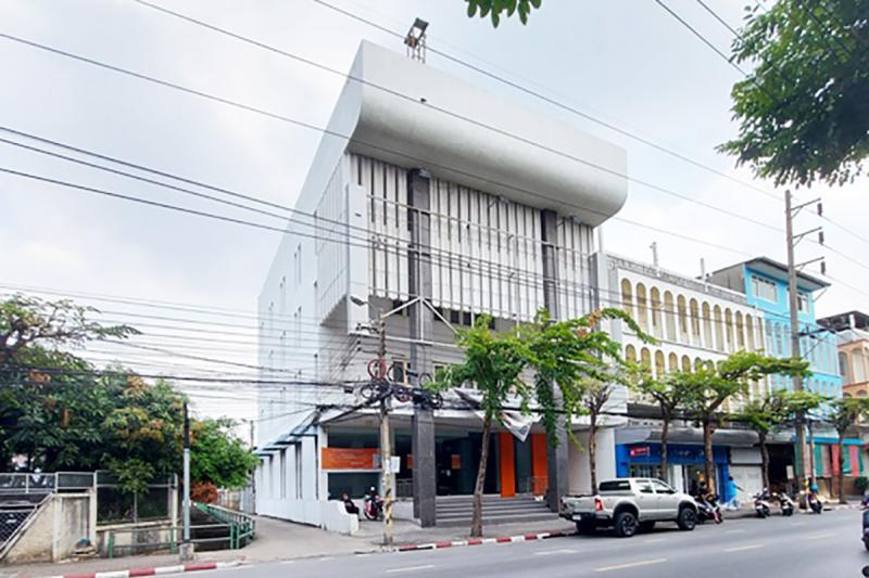 103 ถนนวุฒากาศ ตลาดพลู ธนบุรี กรุงเทพมหานคร