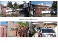 ขายบ้านแฝด บ้านเลขที่ 142/42 ซอย หมู่บ้านพลอยไพลิน 2ถนน เพชรเกษม (ทล.4) บางนายสี ตะกั่วป่า พังงา ขนาด 0-0-55.10 ของ ธนาคารธนชาต